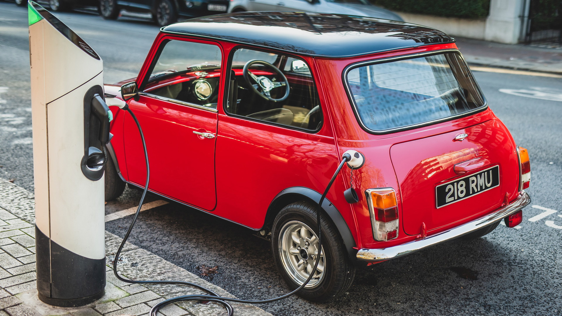 Kit Can Help Convert Any Classic Mini To All Electric But It S Not Cheap