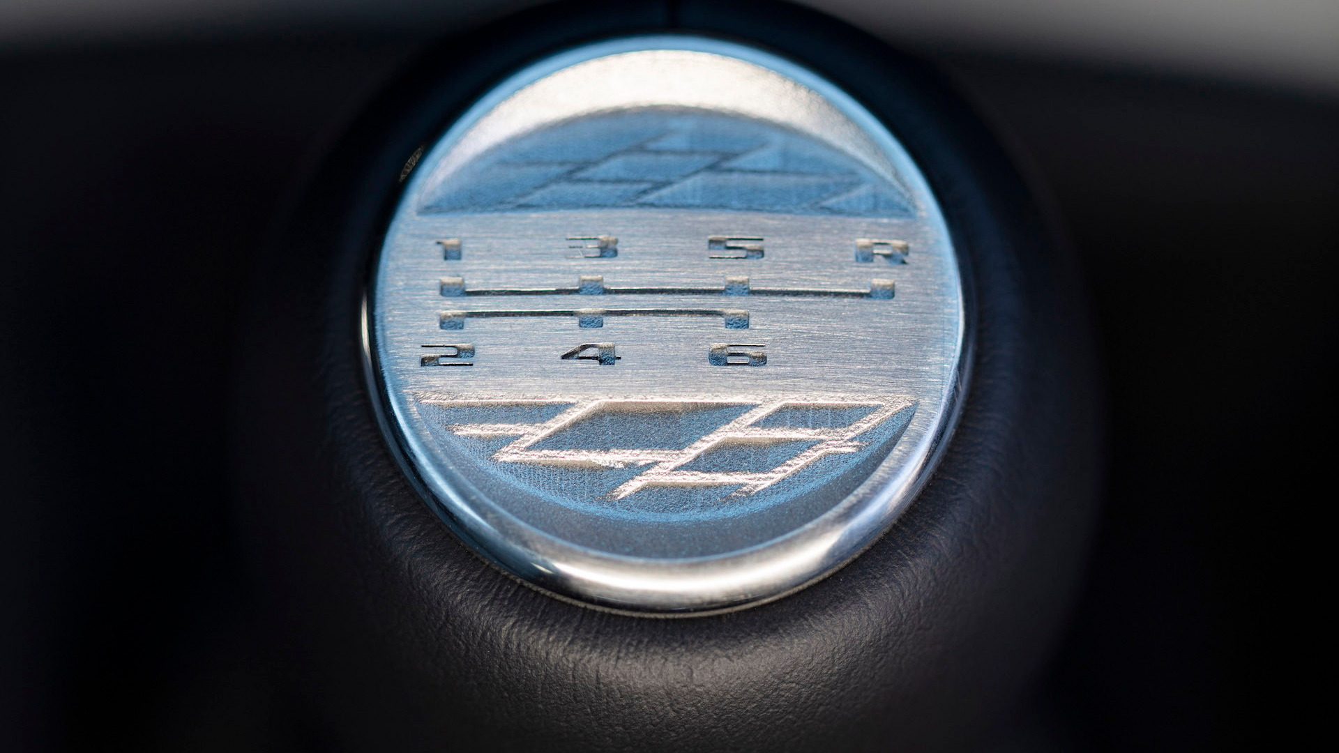 2022 Cadillac CT4-V Blackwing and CT5-V Blackwing manual transmission