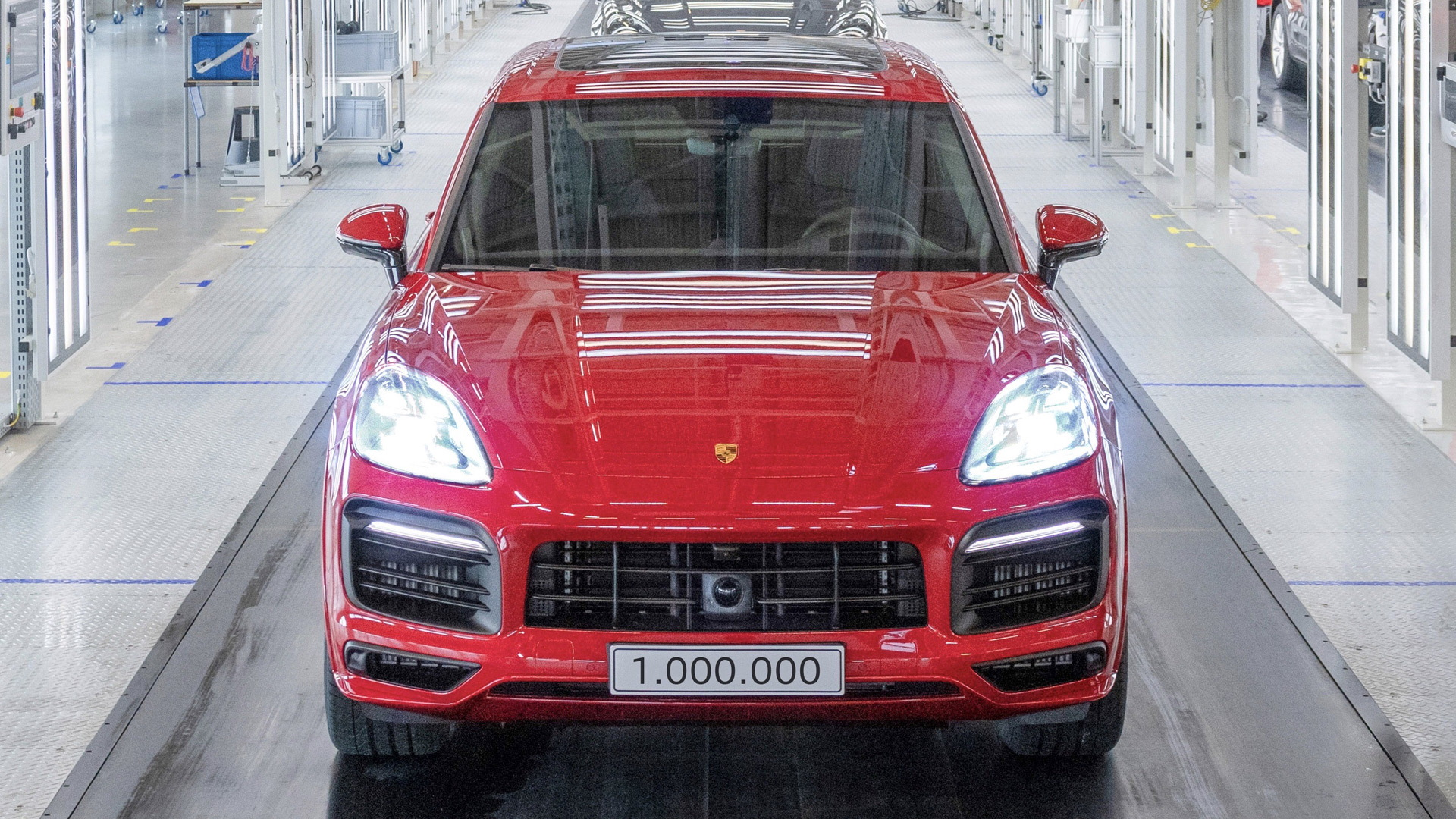 Porsche builds its 1,000,000th Cayenne - December 2020