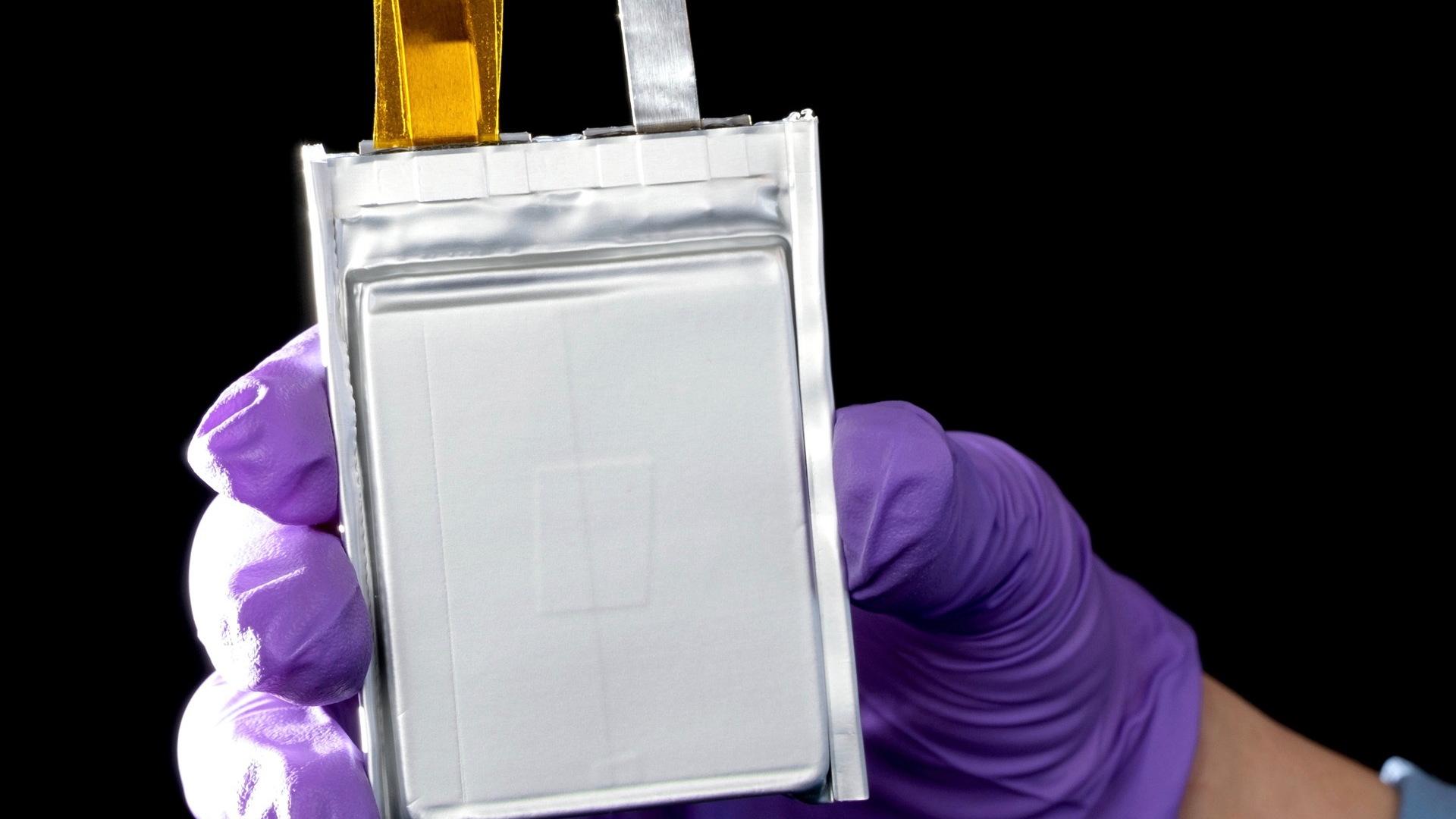 General Motors prototype lithium-metal battery cell