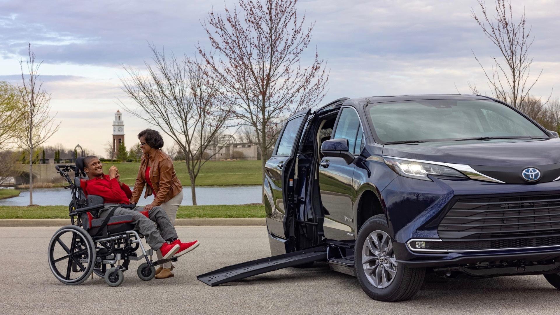 BraunAbility 2021 Toyota Sienna wheelchair conversion