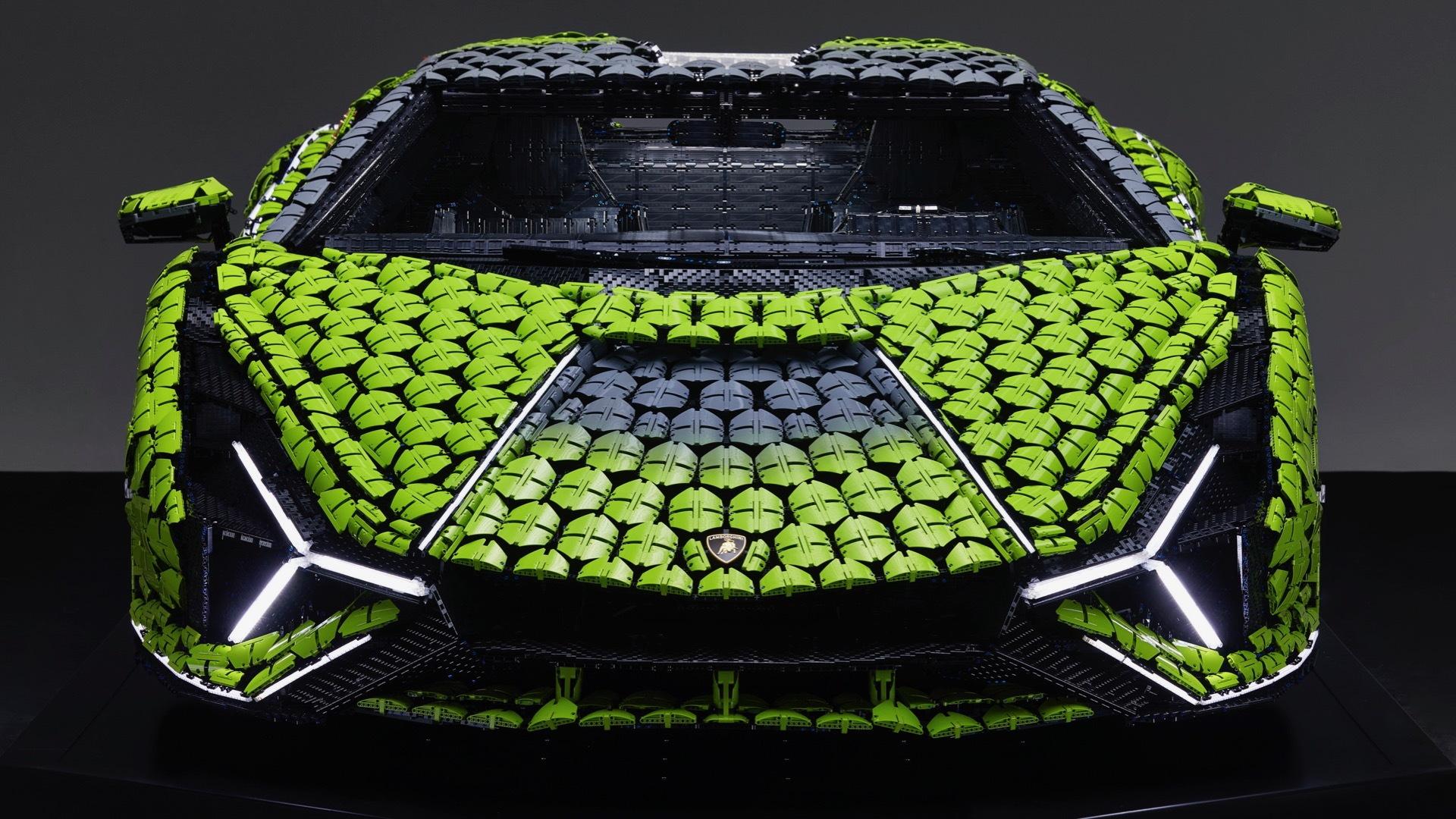 Life-size Lego Lamborghini Sián FKP 37