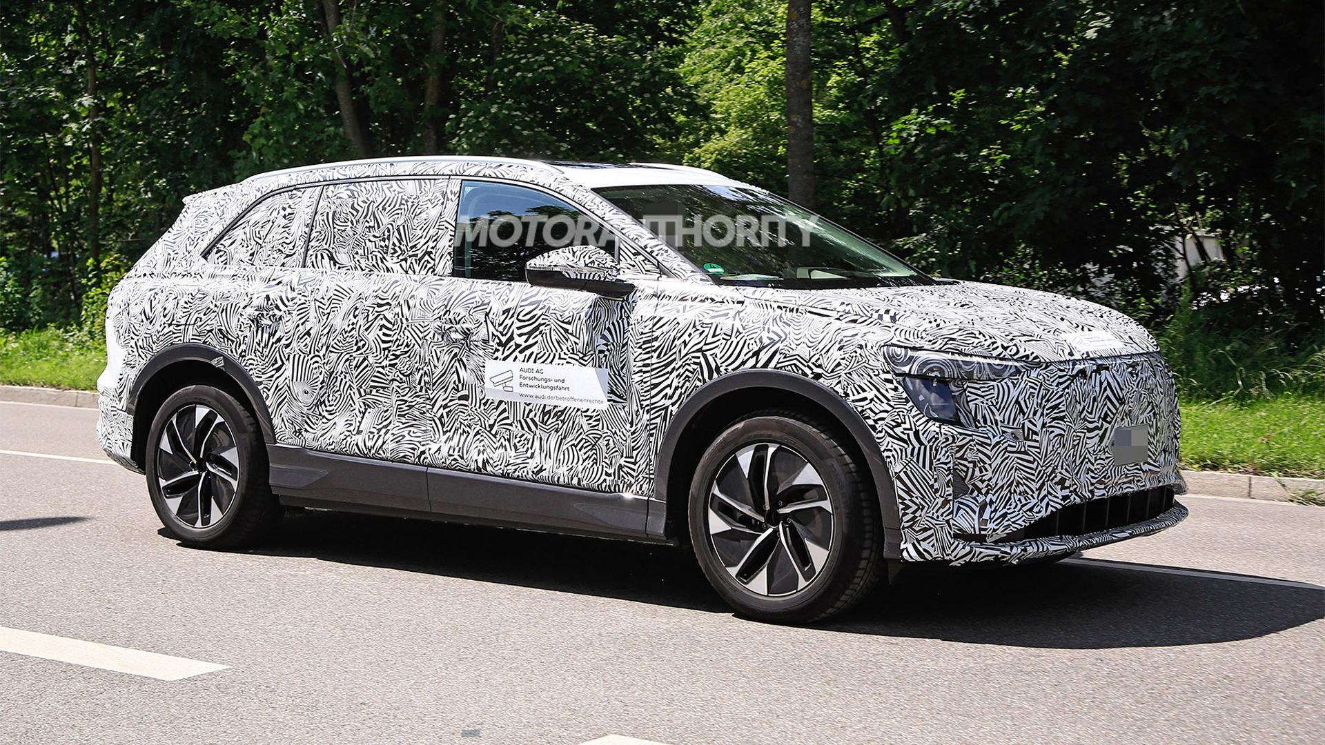 2022 Audi electric crossover for China spy shots - Photo credit: S. Baldauf/SB-Medien