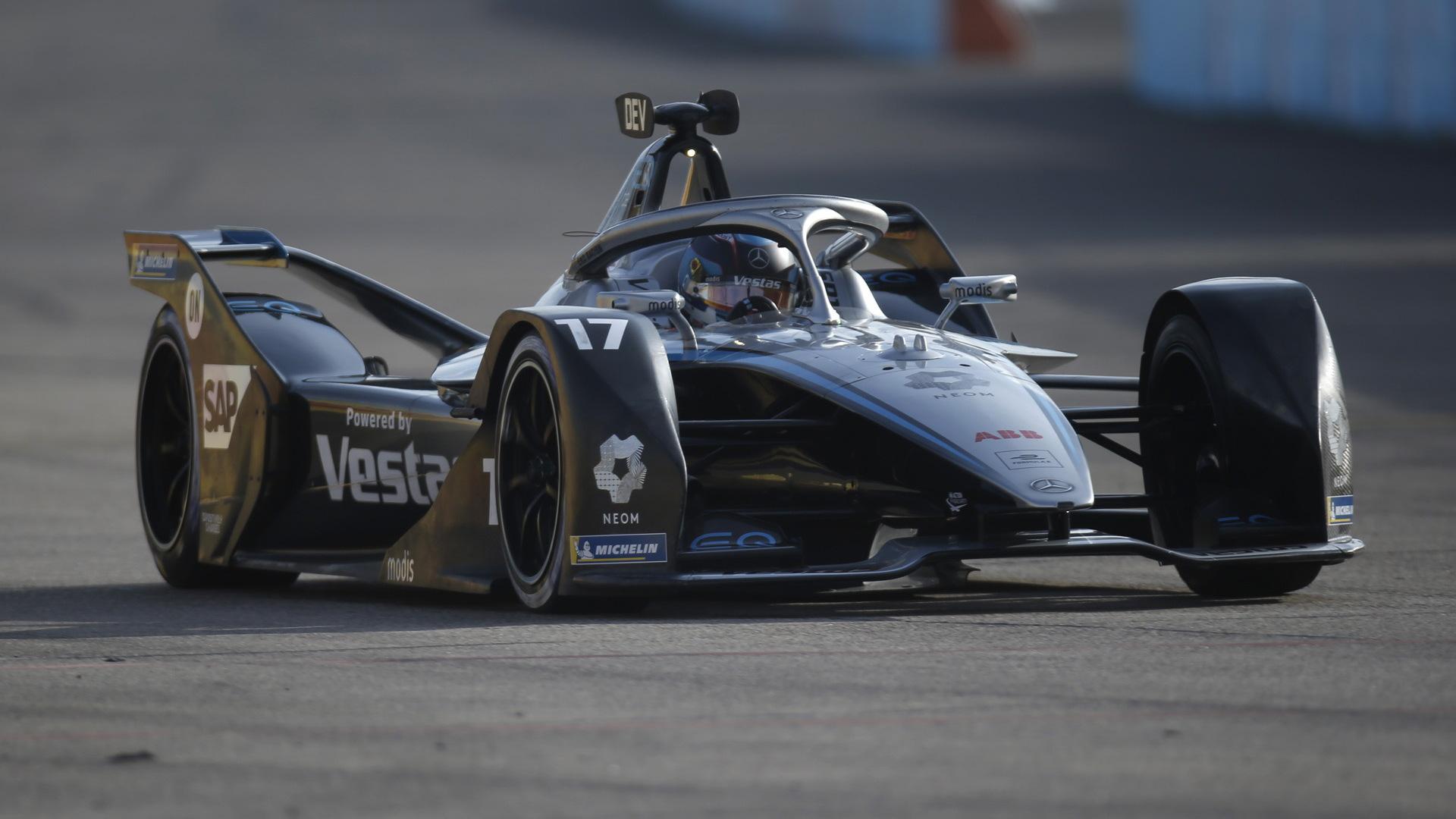 Mercedes-Benz EQ's Nyck de Vries at the 2021 Formula E Berlin E-Prix