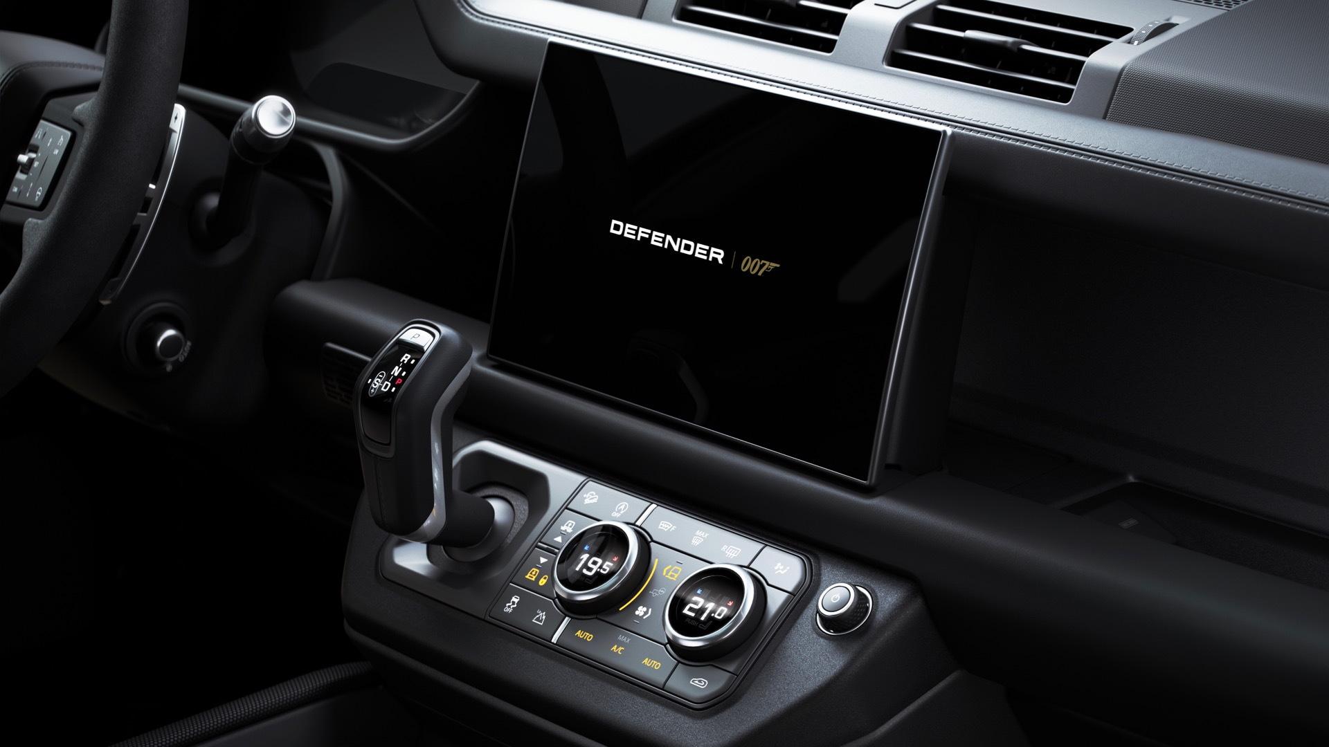 Land Rover Defender V-8 Bond Edition