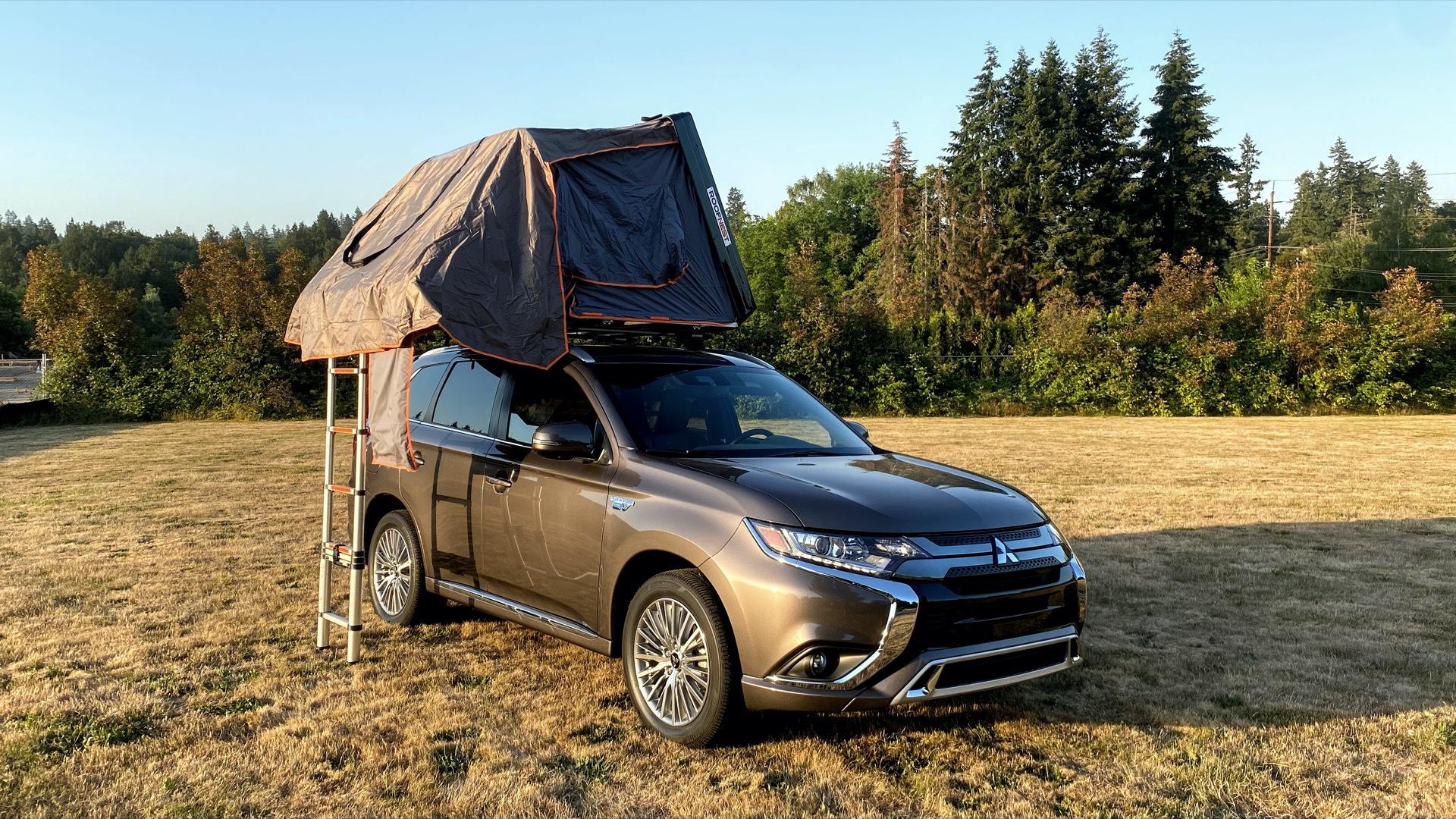 2021 Mitsubishi Outlander Plug-In Hybrid and Roofnest Condor