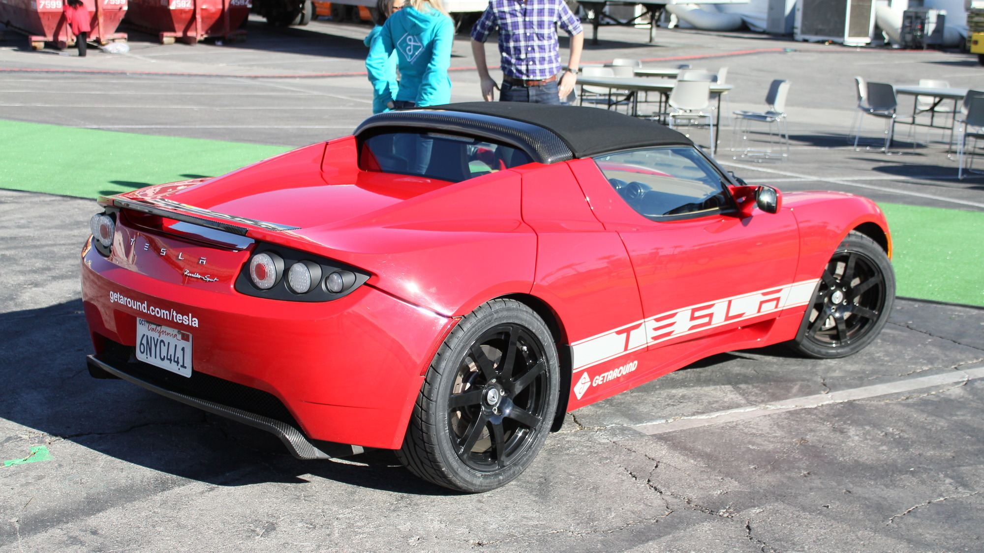 Getaround car sharing Tesla Roadster Sport