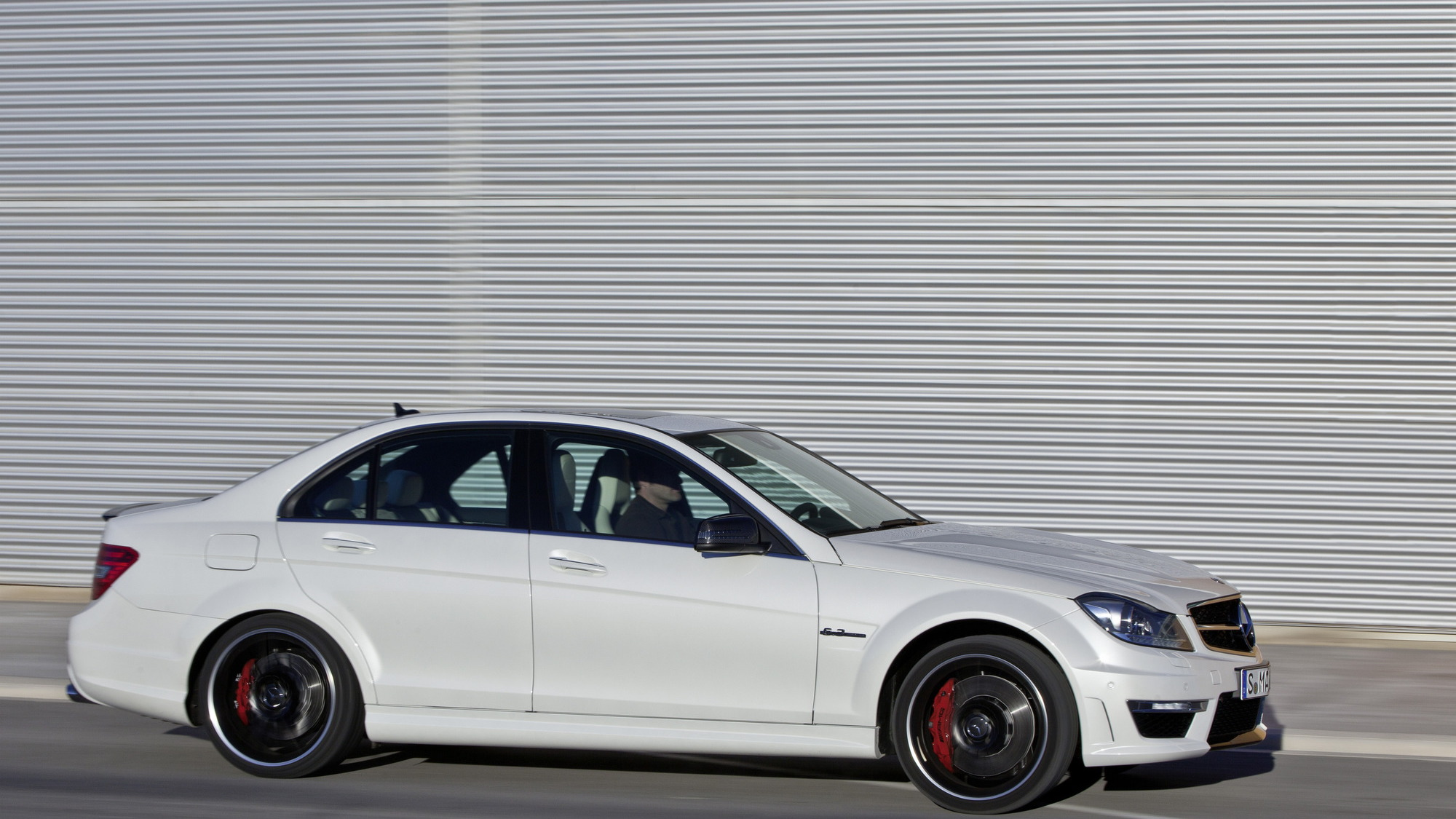 2012 Mercedes-Benz C63 AMG official photos