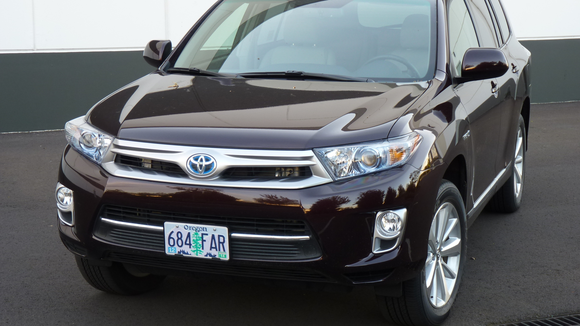 2012 Toyota Highlander Hybrid: Quick Drive, Highest MPG With