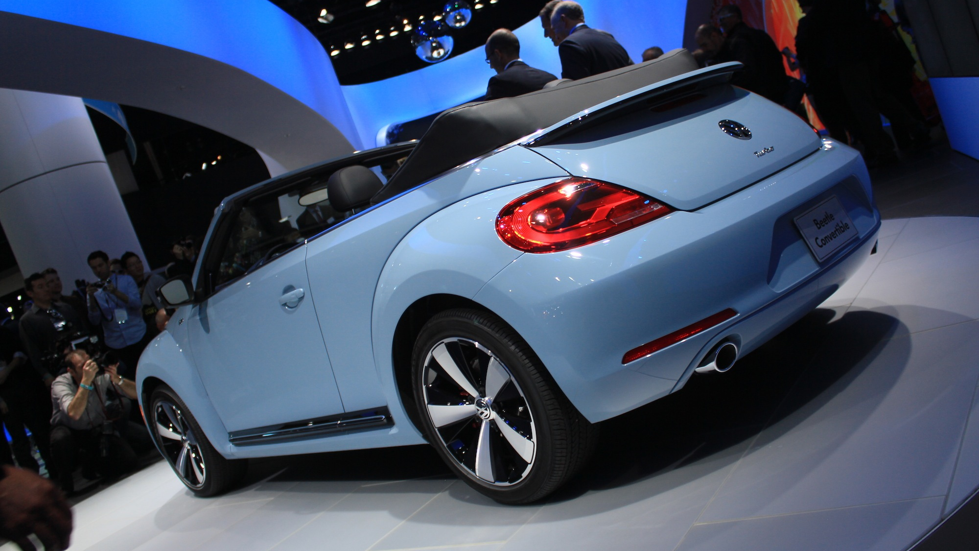 2013 Volkswagen Beetle Convertible live photos, 2012 L.A. Auto Show