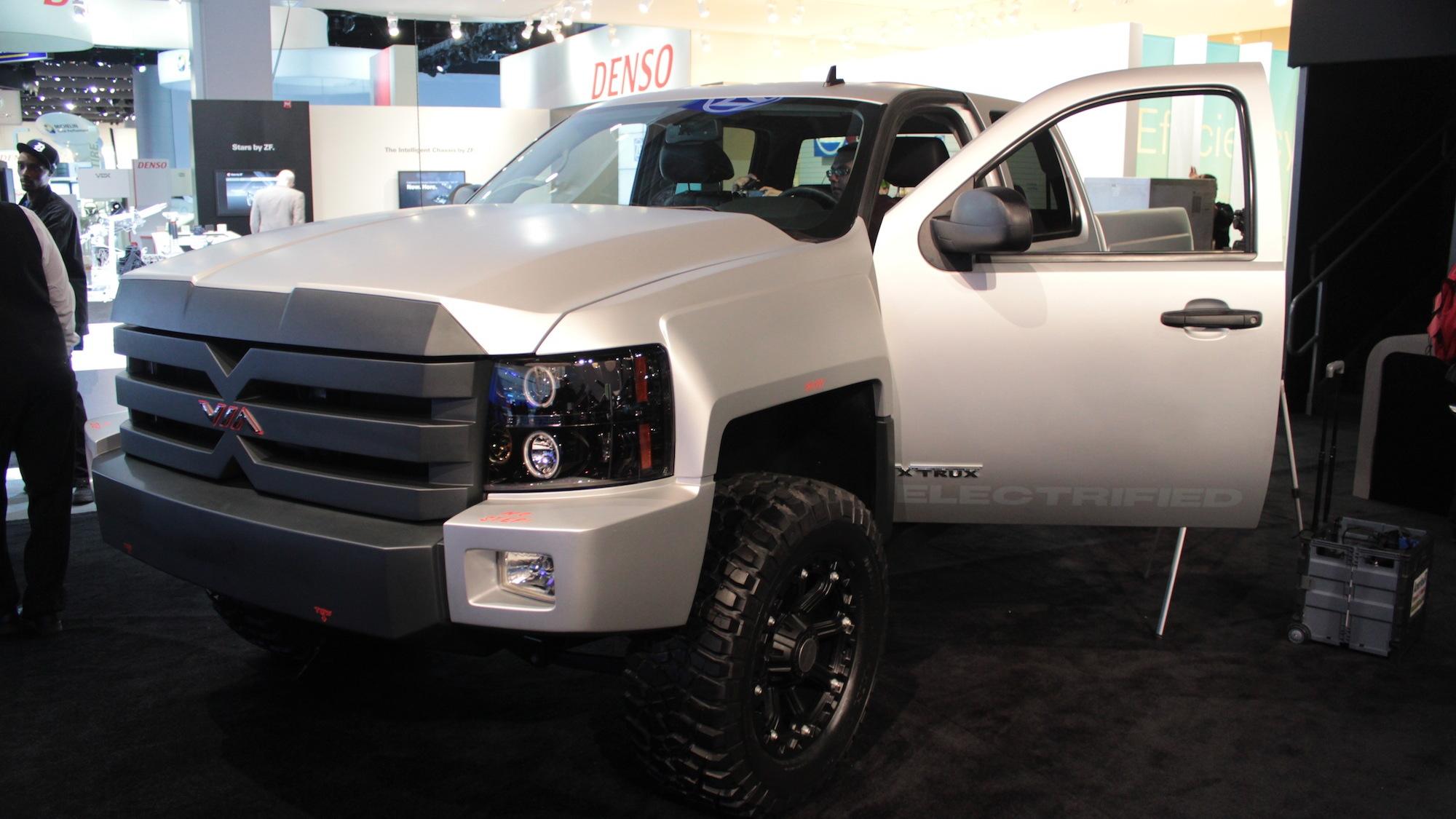 Via Motors XTRUX 800-hp electric pickup live photos, 2013 Detroit Auto Show