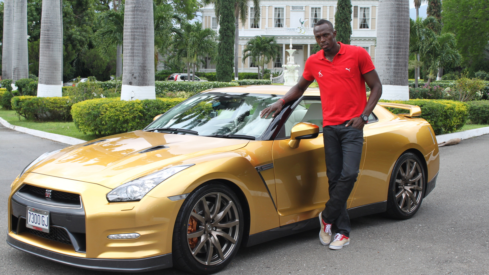 Gold Nissan GT-R for Usain Bolt