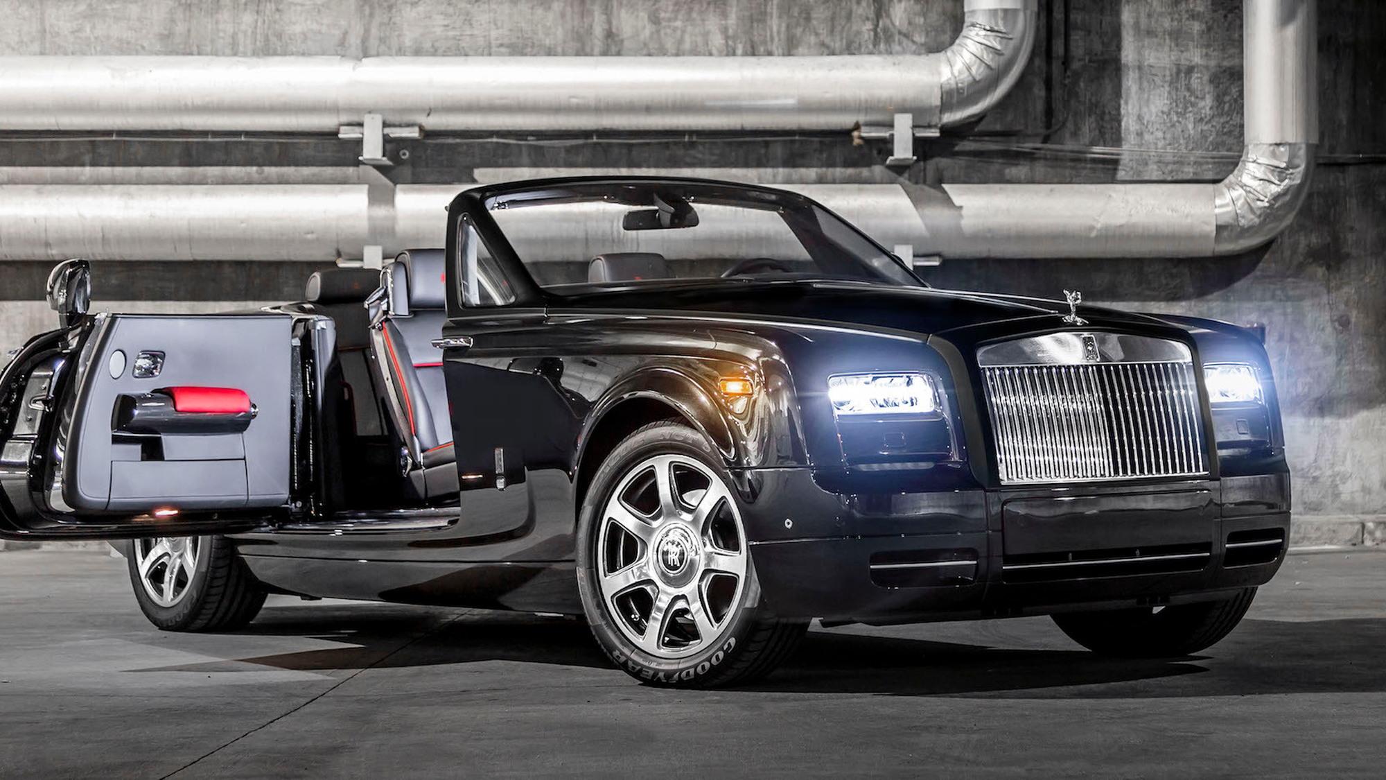 Rolls-Royce Phantom Drophead Coupe 'Nighthawk'