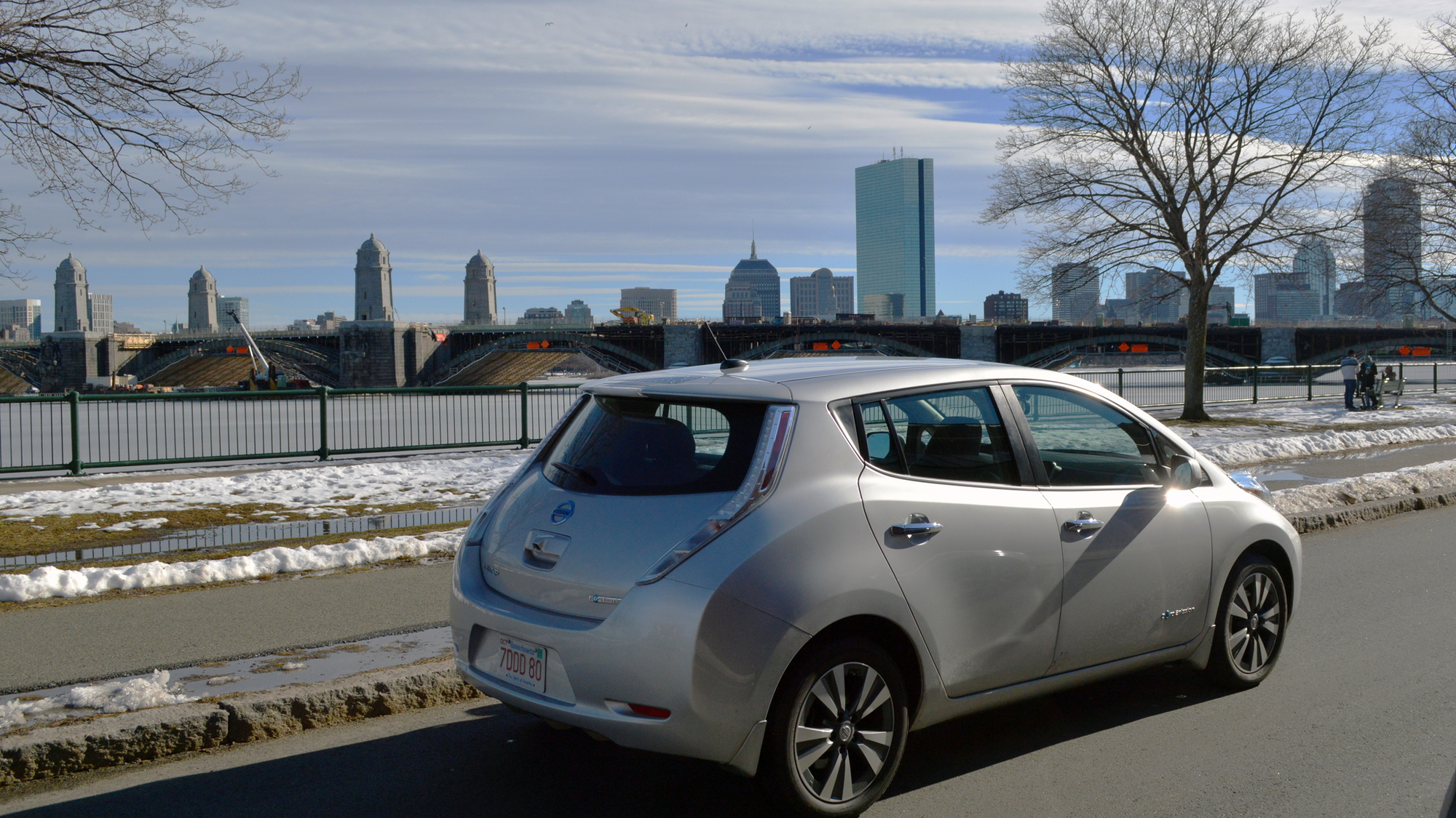 2015 Nissan Leaf: one year later, owner offers pros and cons