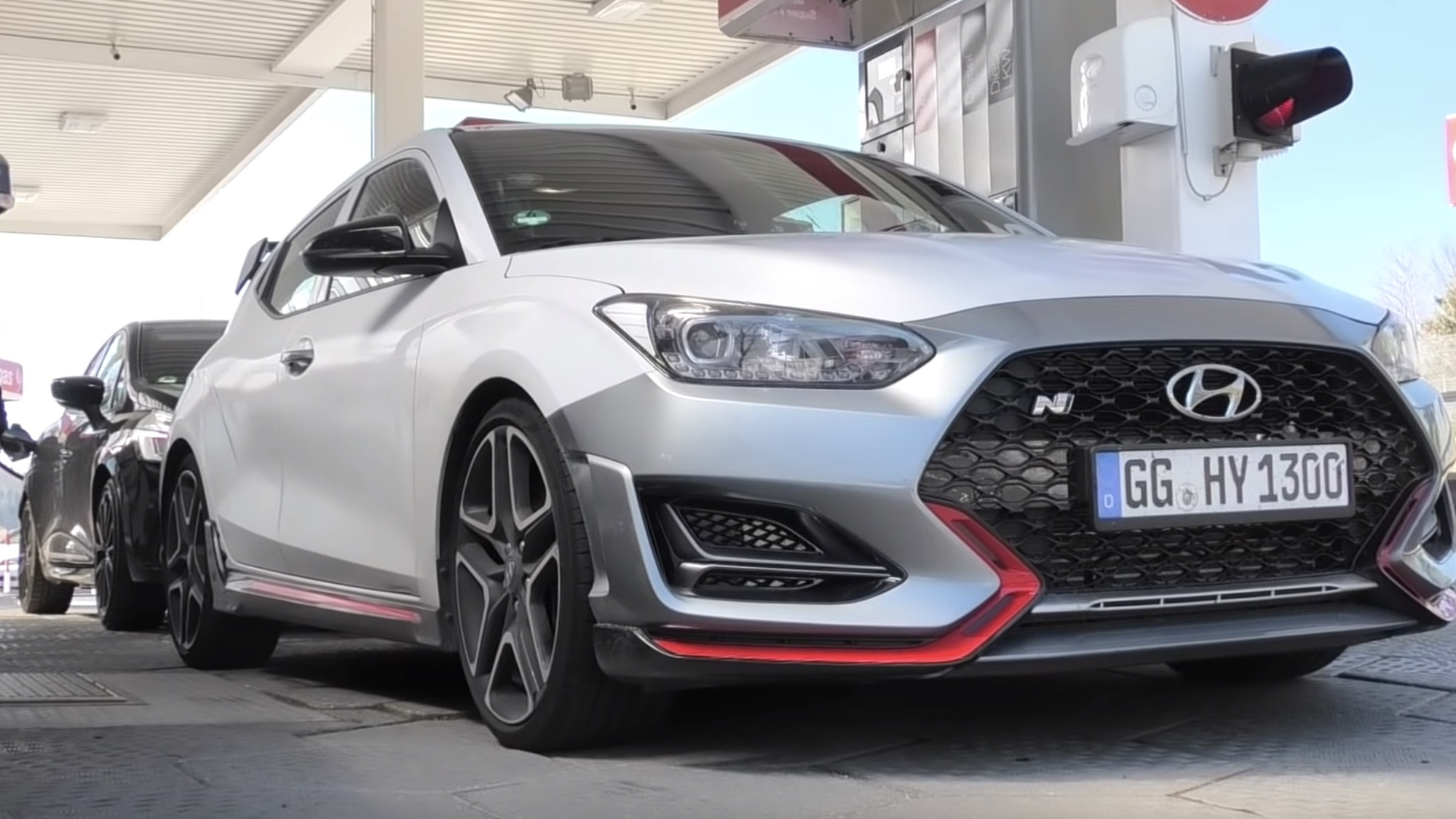 Hyundai Veloster N spied with DCT