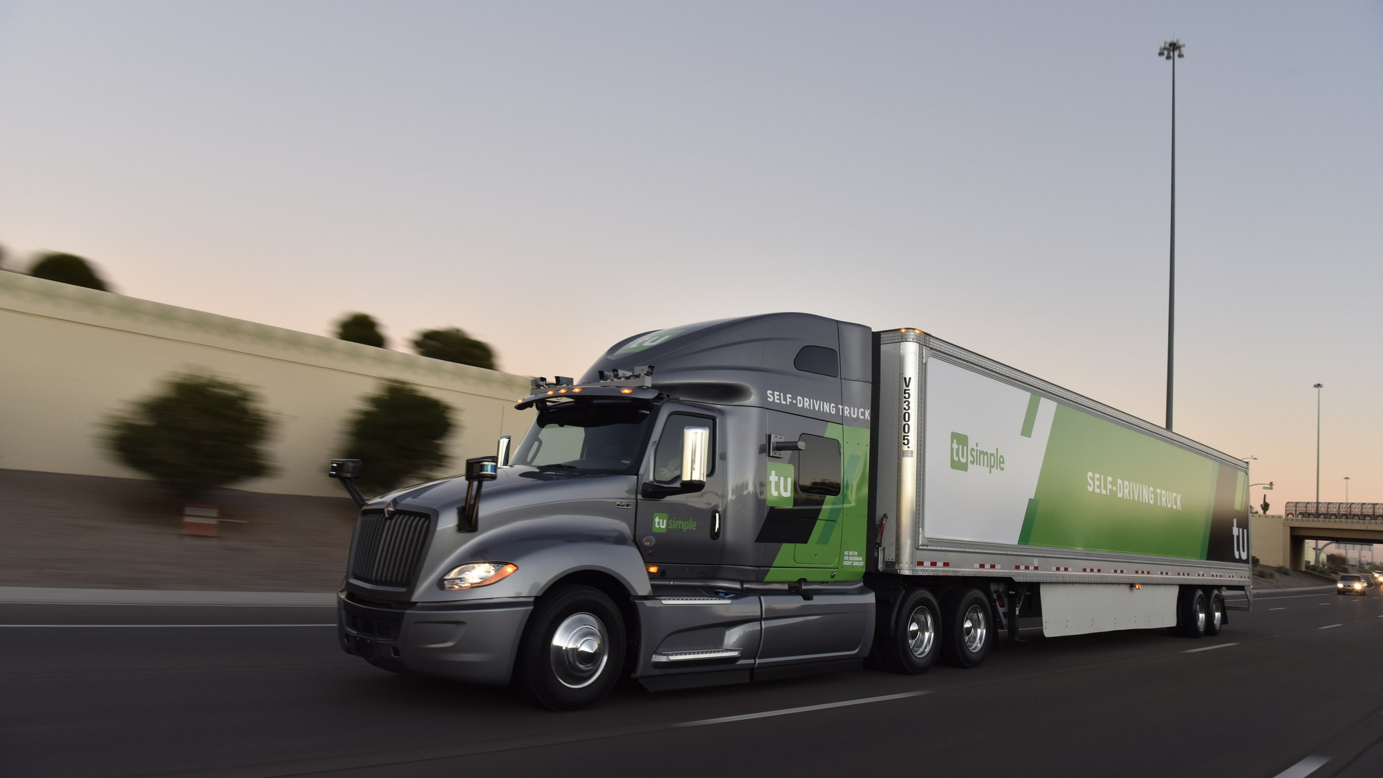 TuSimple self-driving semi truck