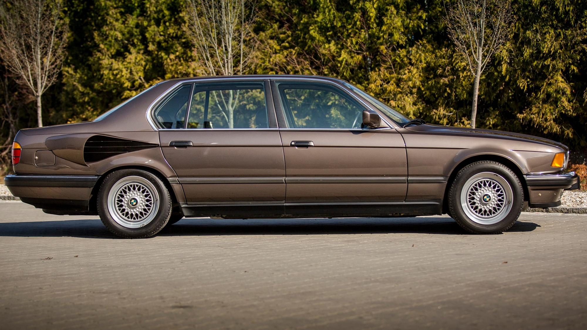 """1987 BMW 750iL """"Goldfisch"""""""