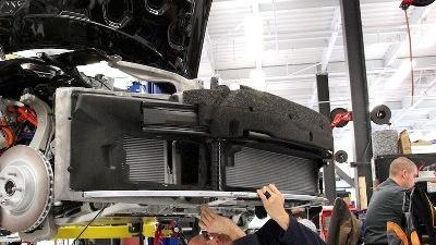 Tesla Model S workshop - inspecting VIN # 7