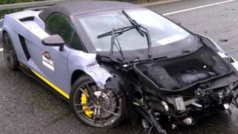 Wrecked Lamborghini Gallardo Spyder Performante LP570-4