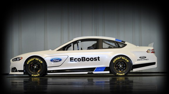 2013 Ford Fusion NASCAR Sprint Cup race car leaked images