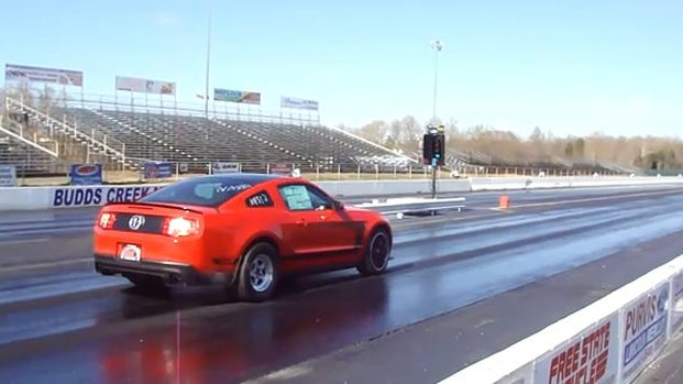 2012 Mustang Boss 302 gets into the 11s on drag radials