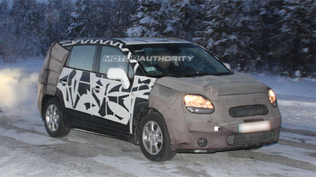 2011 Chevrolet Tacuma MPV spy shots