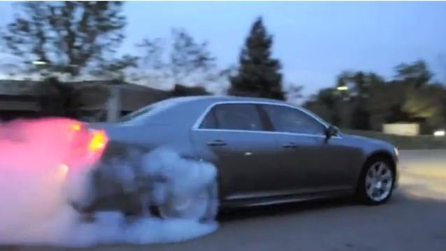 2012 Chrysler 300 SRT8 Doing Burnout