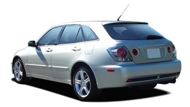 2005 Lexus IS 300 5dr SportCross Wagon Auto Angular Rear Exterior View