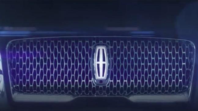 2022 Lincoln Navigator teaser