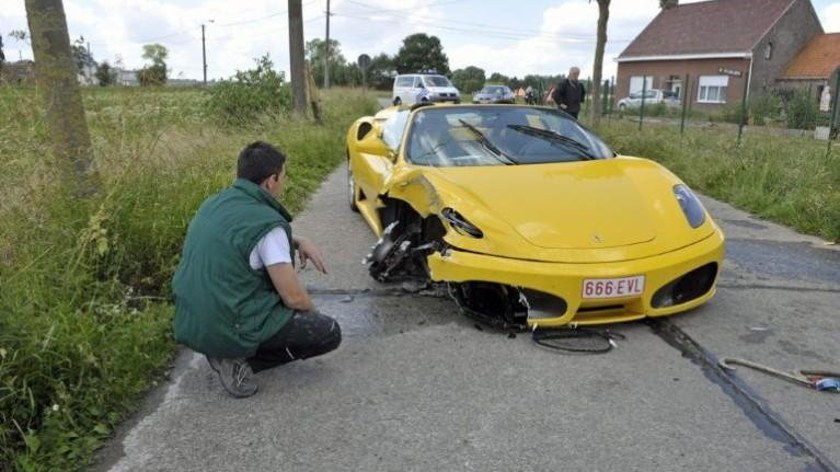 Ferrari F430 Spyder crashes in Belgium