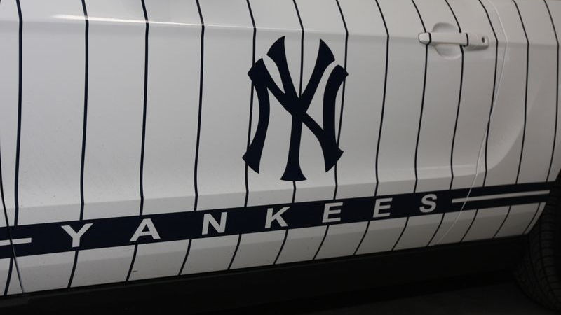 New York Yankees 2010 Ford Mustang GT