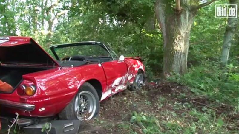 Rare 1971 Ferrari 365 Gtb 4 Daytona Spider Crashes In Germany