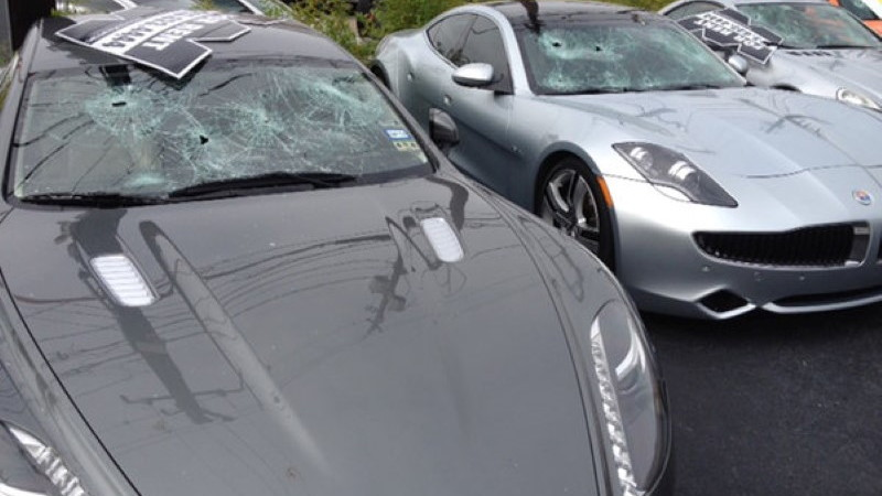 Naked man shoots out car windshields in Houston (Image: Andrew Horansky / KHOU 11 News)