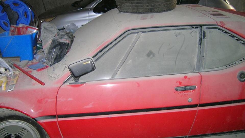 BMW M1 garage find
