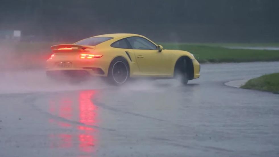 Chris Harris gets a Porsche 911 Turbo extremely sideways
