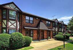 Fairfield Village at Commack - 17 Reviews | Commack, NY ...