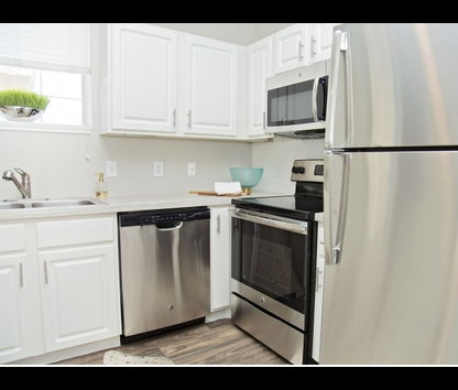 Reviews & Prices for Mandolin Apartments, Euless, TX
