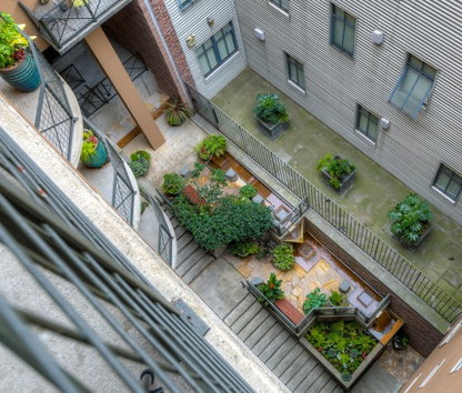 Write A Review Image Of Post Alley Court Apartments In Seattle Wa