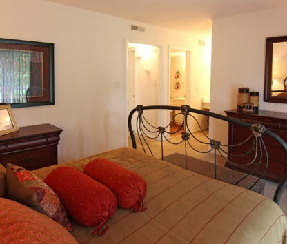Reviews & Prices for Casa Del Sol Raleigh NC