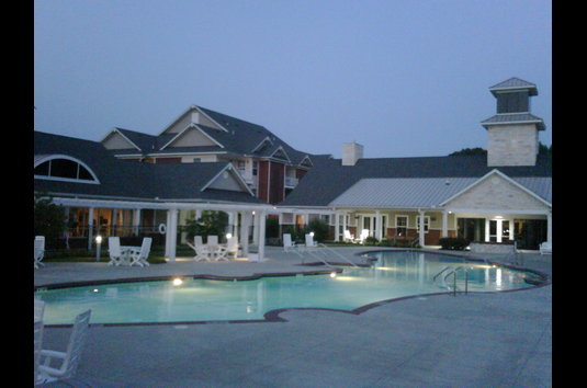 Reviews & Prices for Falcon Creek Luxury Apartments, Hampton, VA