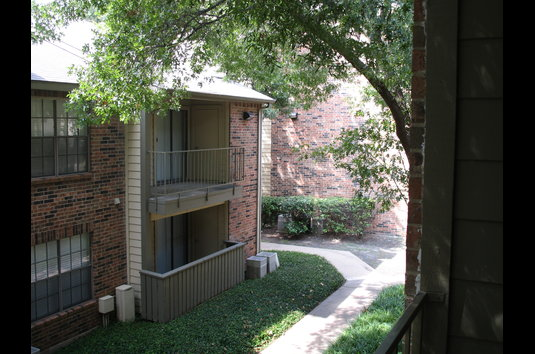 Image Of The Manhattan Formerly Preston Trace Village Apartments In Dallas Tx