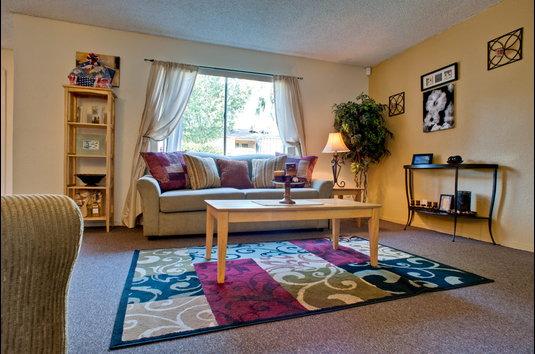 Image Of Santa Rosa Apartments In Bakersfield CA