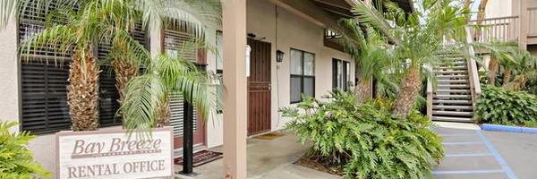 Bay Breeze Apartments