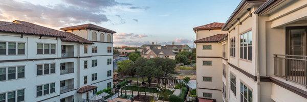 Overture Stone Oak Apartments