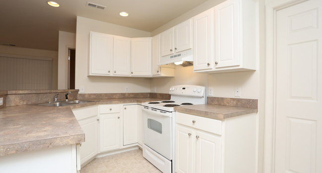The Brickyard 28 Reviews Evansville In Apartments For Rent