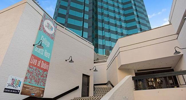 Dobie Twenty21 260 Reviews Austin Tx Apartments For Rent