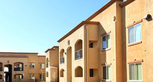 Raintree Luxury Apartment Homes I And Ii 1 Reviews Clovis Nm