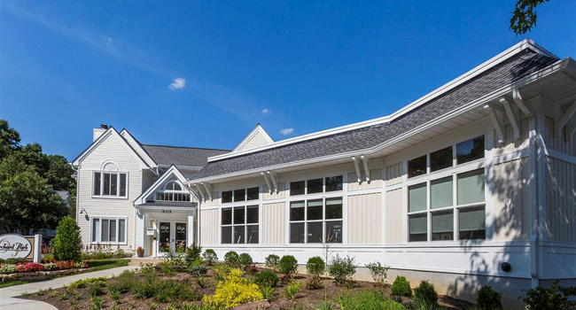 Orchard Park Apartments 133 Reviews Ellicott City Md Apartments For Rent Apartmentratings C