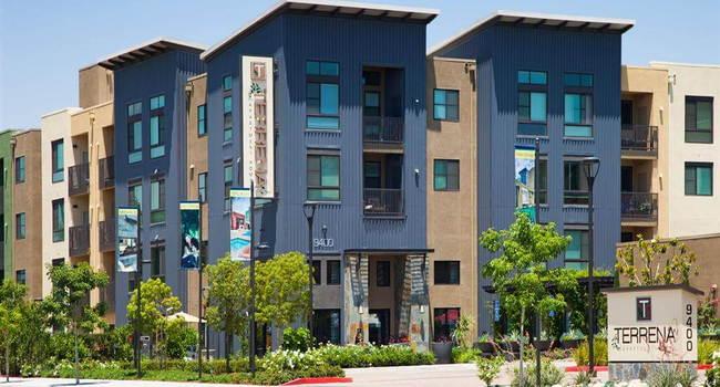 Terrena Apartments 3 Reviews Northridge Ca Apartments For Rent Apartmentratings C