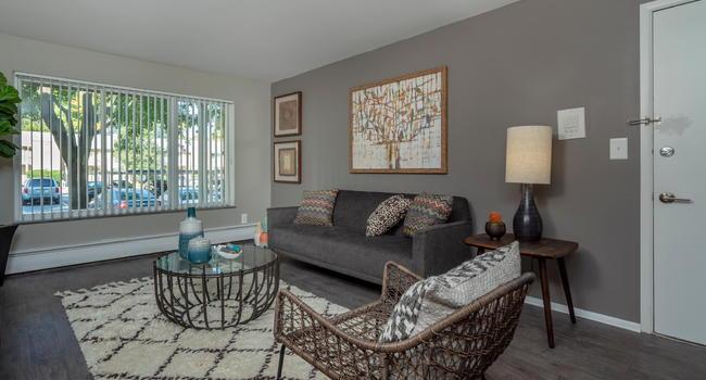 Ann Arbor Woods Apartments - 47 Reviews | Ann Arbor, MI ...